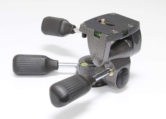 <!--記入-->Gitzo G2271M ロープロファイル雲台2枚目