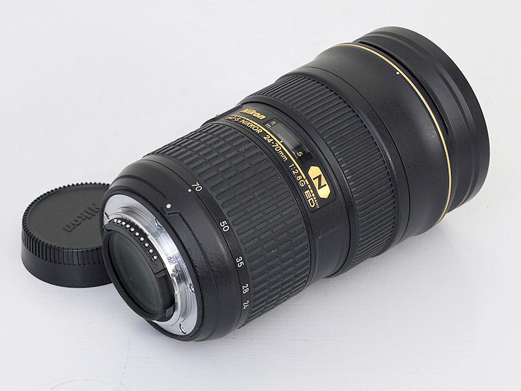 Nikon(ニコン)AF-S Nikkor 24-70mm f2.8G ED レンズ2枚目