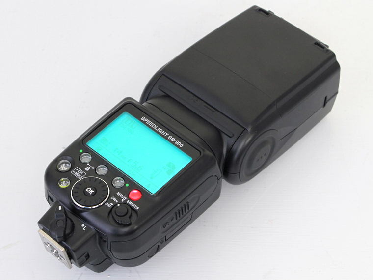 Nikon(ニコン) SPEEDLIGHT スピードライト SB-900 2枚目