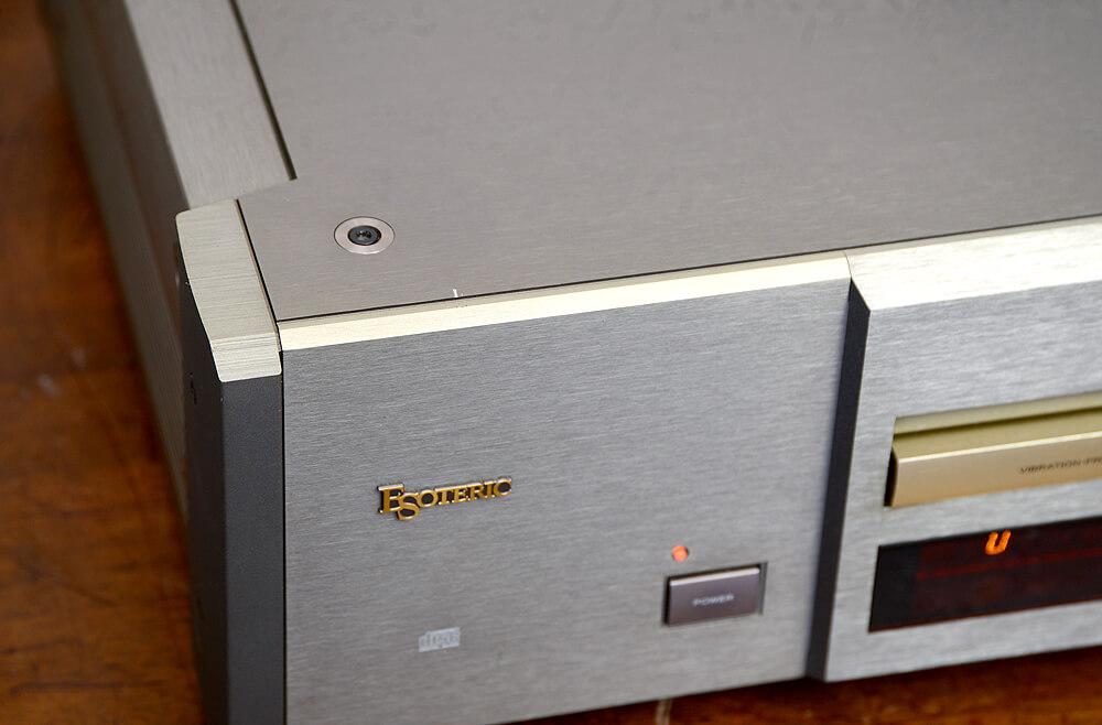 ESOTERIC P-30 CDトランスポート5枚目
