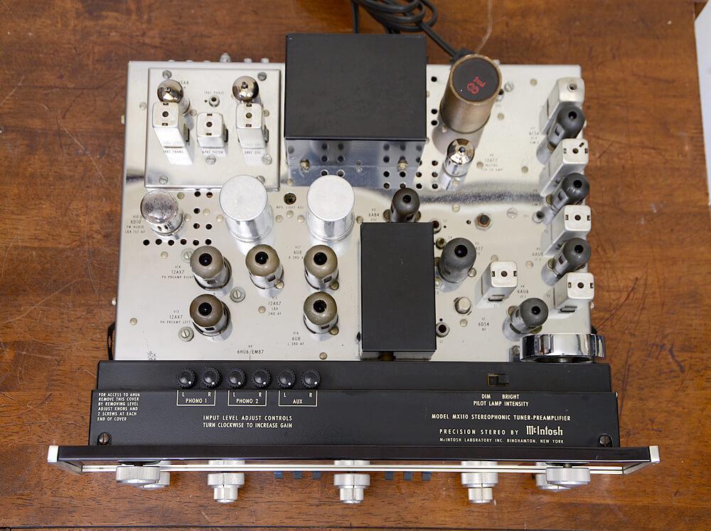 McIntosh MX110 真空管チューナープリアンプ4枚目