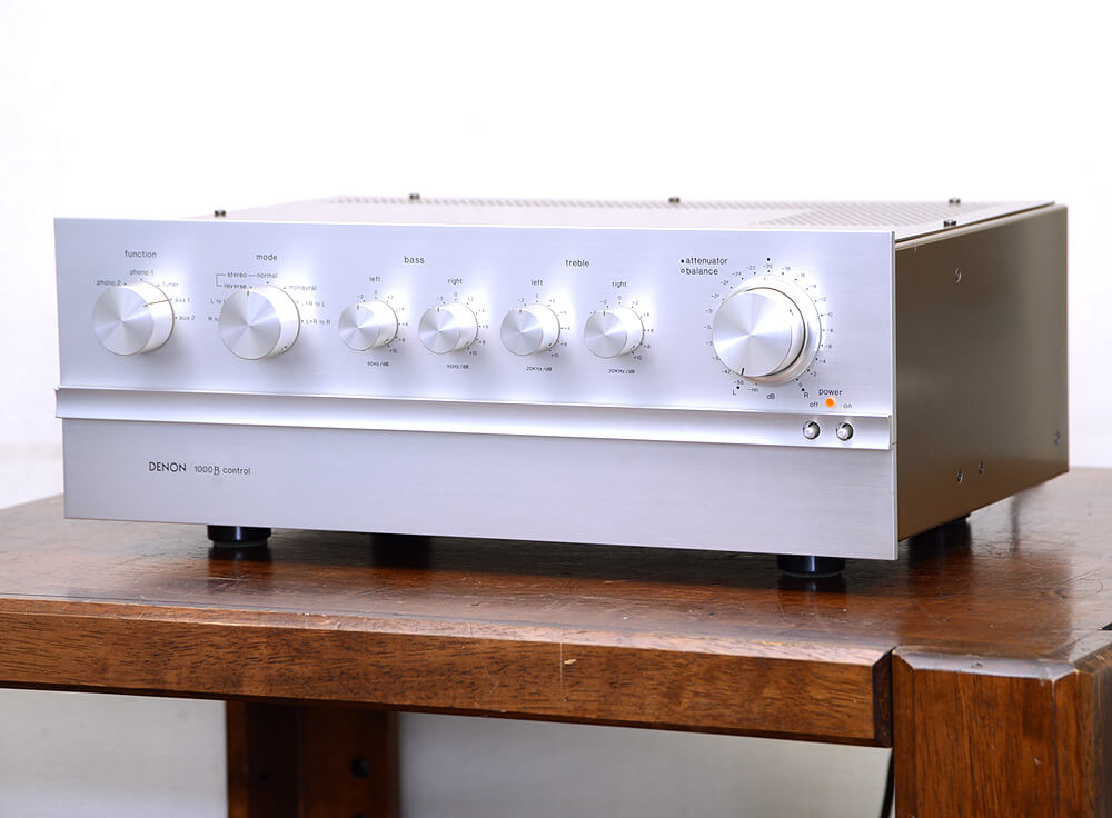 DENON PRA-1000B 真空管コントロールアンプ1枚目