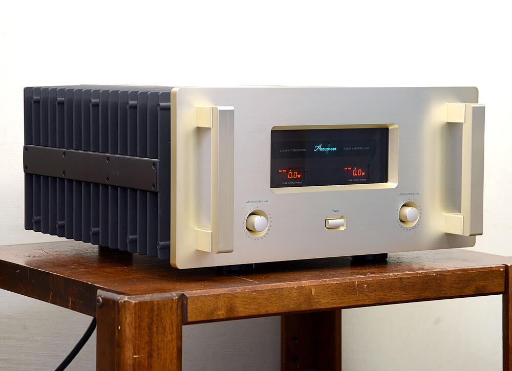 Accuphase A-50 ステレオパワーアンプ2枚目