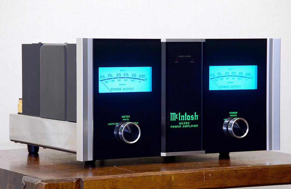 McIntosh MC252 ステレオパワーアンプ2枚目