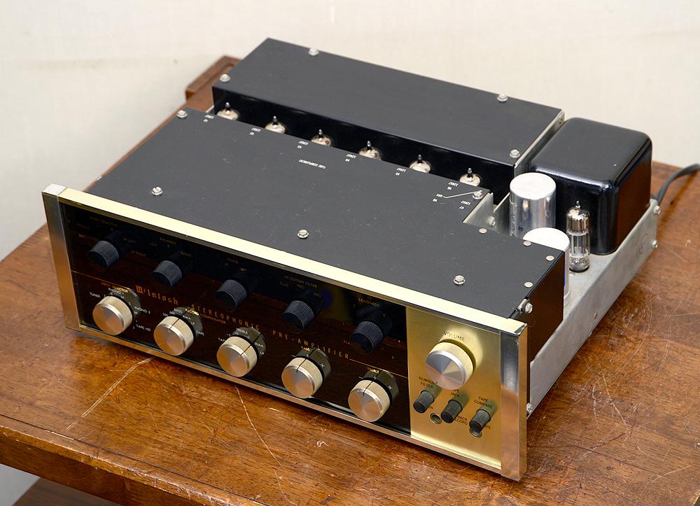McIntosh C20 真空管プリアンプ4枚目