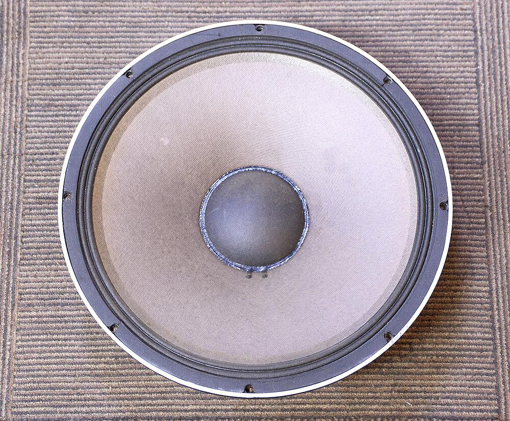 JBL 2220H 38cmコーン型ウーファー3枚目