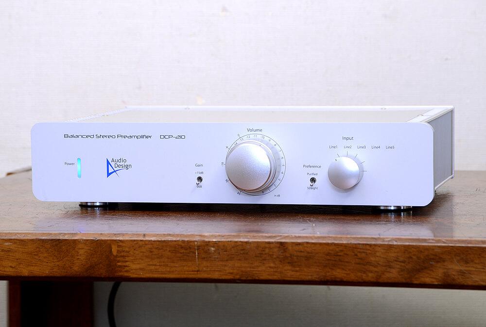 Audio Design DCP-210 バランスプリアンプ1枚目