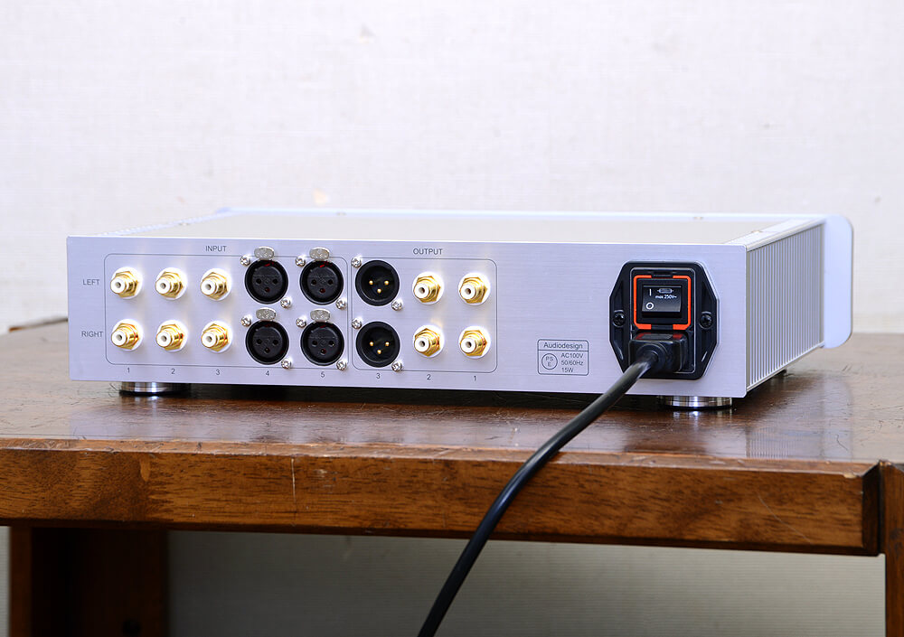Audio Design DCP-210 バランスプリアンプ3枚目