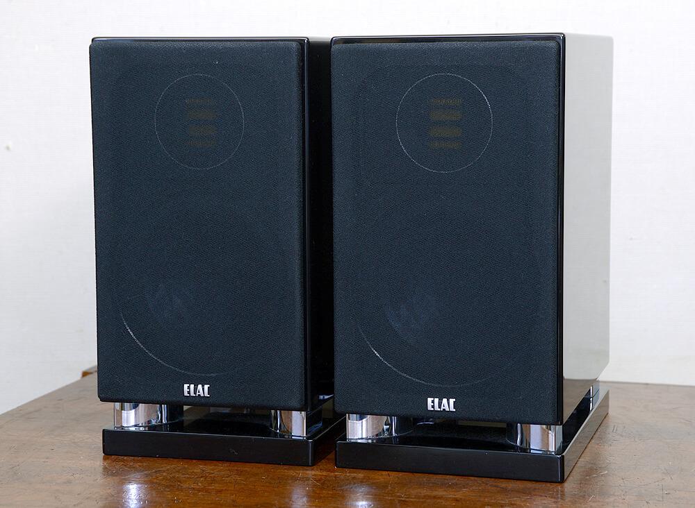 ELAC BS403 1枚目