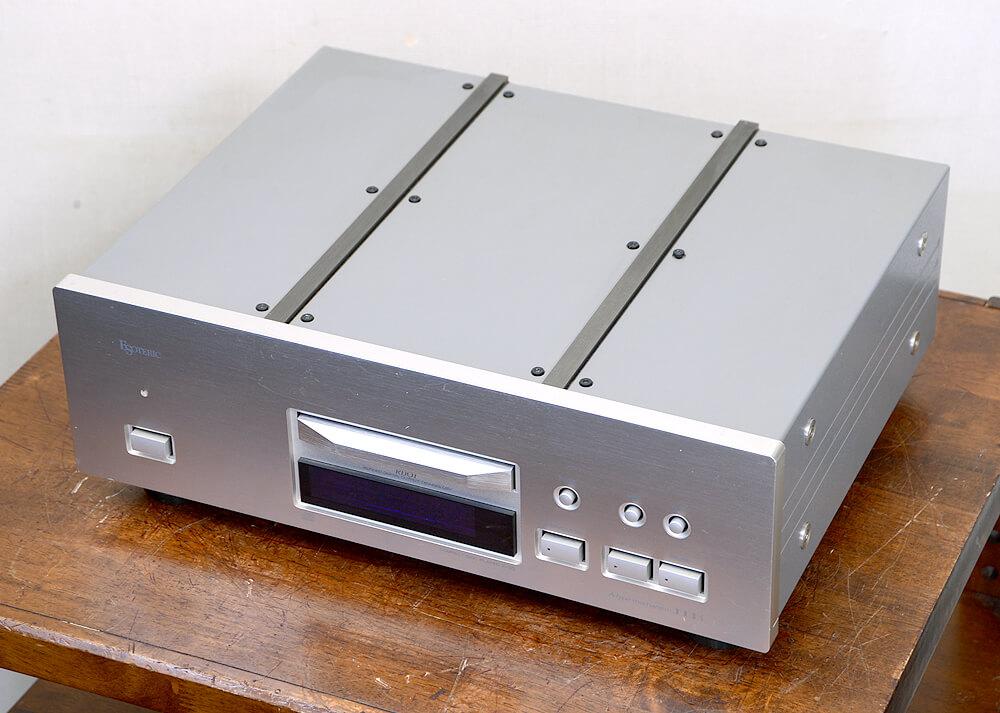ESOTERIC X-30 CDプレーヤー3枚目