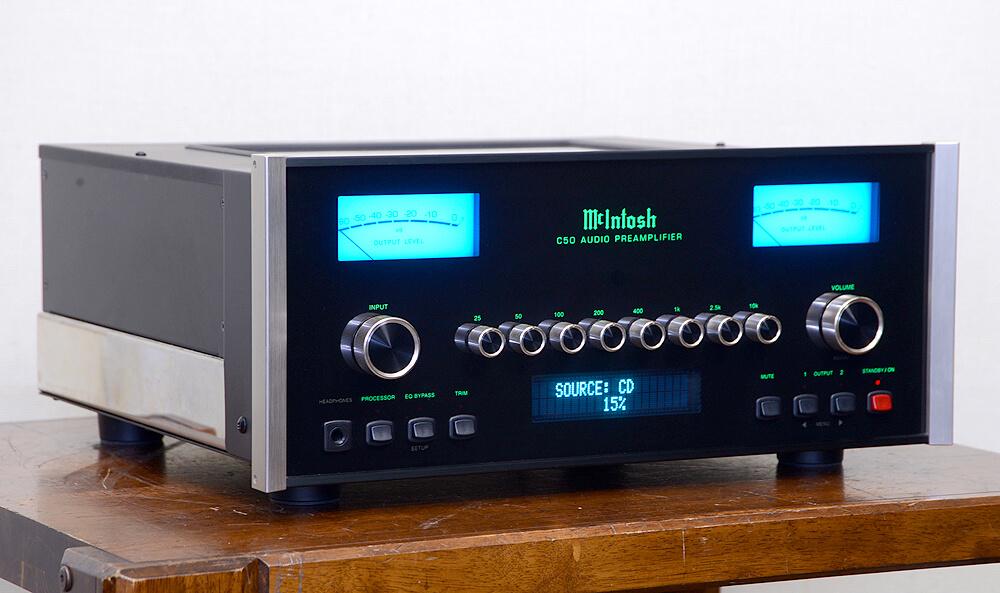 McIntosh C50 コントロールアンプ2枚目