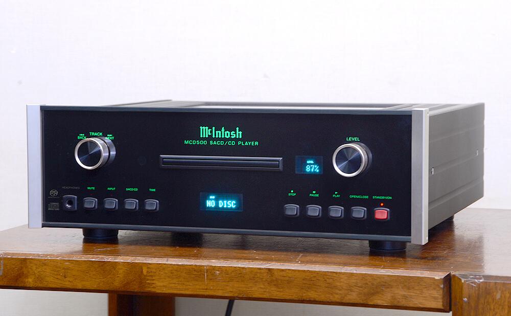 McIntosh MCD500 SACD/CDプレーヤー1枚目