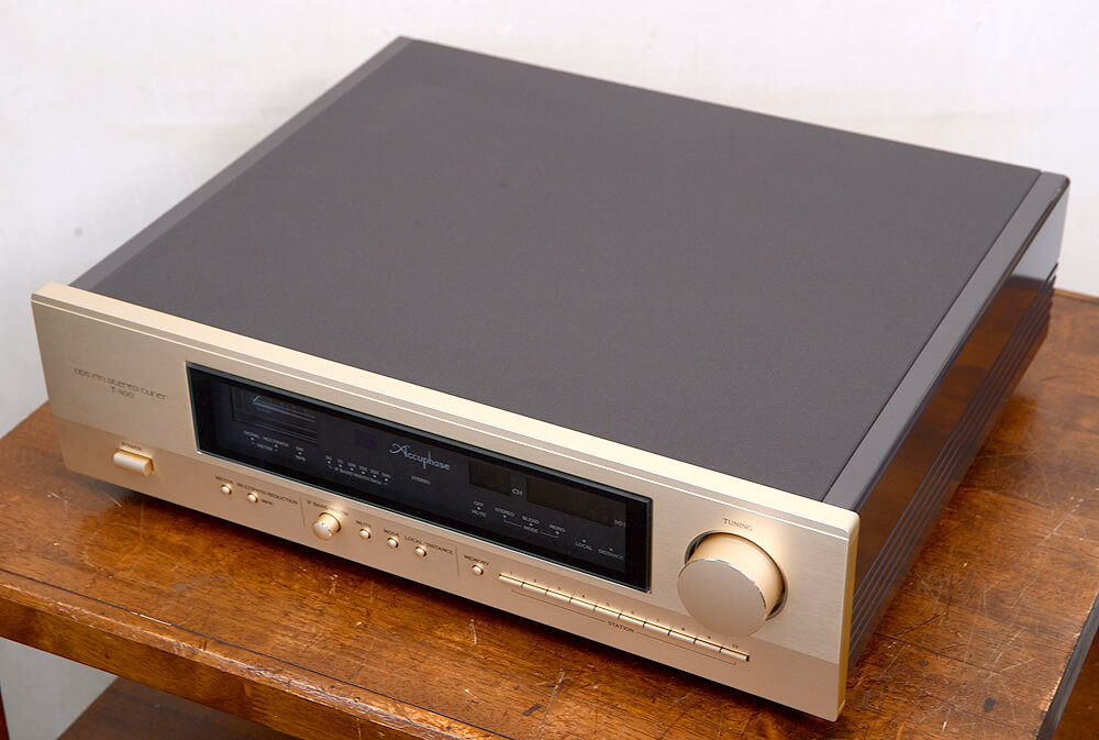 Accuphase T-1100 FMチューナー5枚目