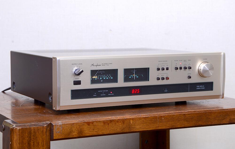 Accuphase T-103 デジタルディスプレイ FMチューナー2枚目